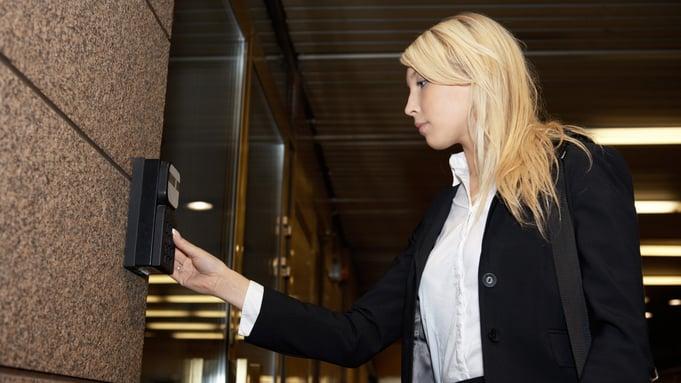 Feil valg av låssystem og adgangskontroll kan bli dyrt.jpg