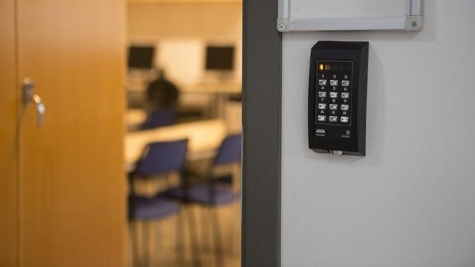 Serviceavtale på dør og adgangssystemer.jpg