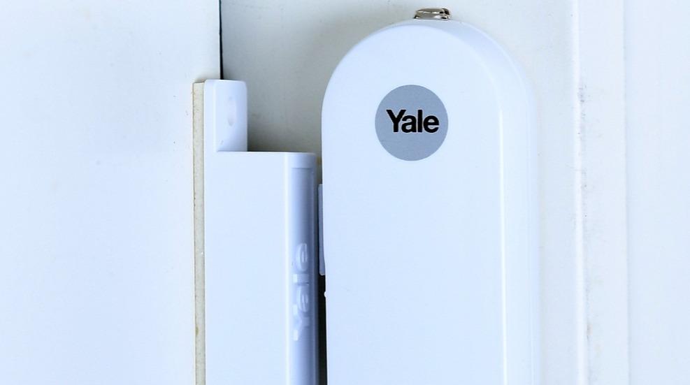 Yale bolig vindu